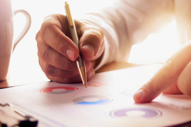 Research | Financial Planner | How To Find One Suitable for Your Needs